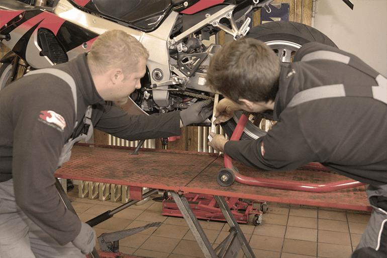 Leistungen Motorrad Inspektion