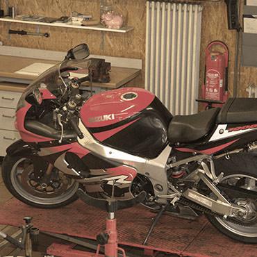 Impressionen Reparatur Motorrad